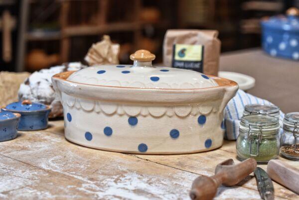 Terrine ovale n°3, blanc pois bleu clair