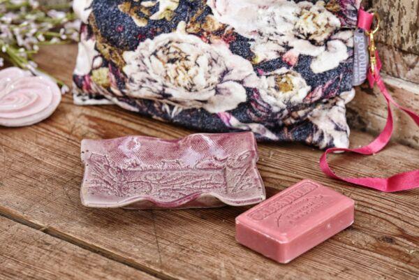 Porte-savon à décor de dentelle, rose ancien