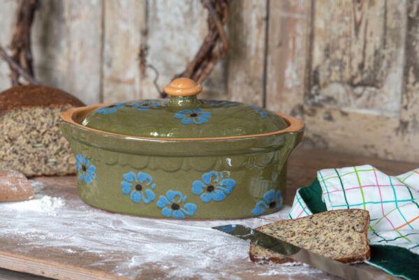 Brotbacktopf, grün, mit floralem Dekor - auch zum Schmoren geeignet, holzbackofenfest