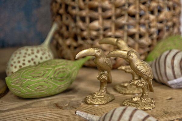 Deko-Tukan 'Tropischer Regenwald', gold