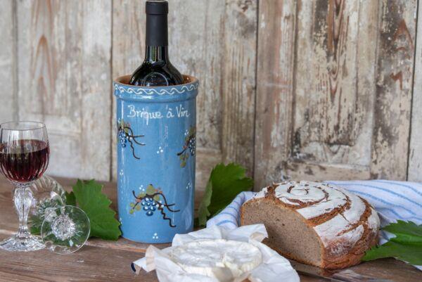 Brique à vin, bouteille 75cl, bleu clair, 'Raisins Jetés'
