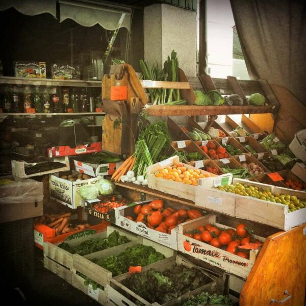 Fototafel, 4er-Set, Markt in Wissembourg, Arezzo, Funchal, Landau