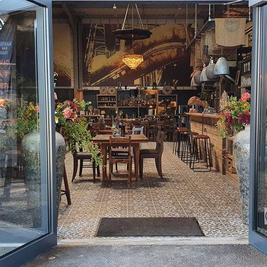 """### Restaurantbetrieb ### bei """"Le fin gourmet REBLUCHS"""" in Wissembourg"""